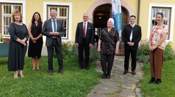 Birgit Kassl, Elisabeth Wedenig, LH Peter Kaiser, Landtagspräsident Reinhart Rohr, Hermine Wiegele, Bgm. Alfred Altersberger und Sigrid Diewald
