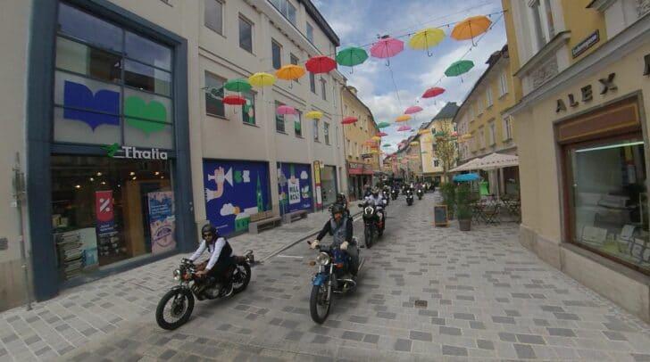 """Am 20. Juni des Vorjahres waren die Biker von den """"Rollin'Toys – Biker helfen Kindern"""" in der Villacher Innenstadt unterwegs. Heuer findet die Aktion nicht statt."""