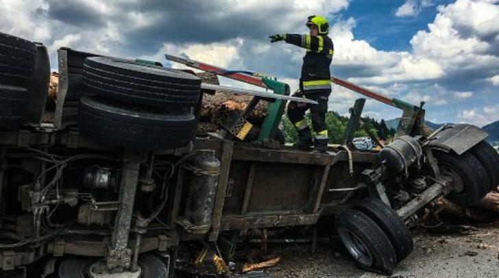 Der 52-jährige Kärntner konnte nach dem schweren Verkehrsunfall nur noch tot geborgen werden.