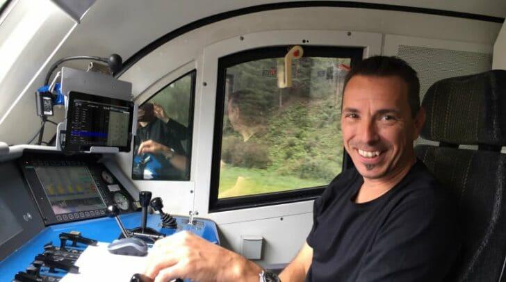 Zug entgleiste: In einer brenzlichen Situation bewahrte der Villacher Lokführer Günther P. Ruhe.