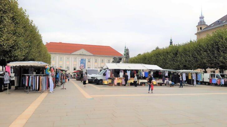 Am 3. September hast du heuer die letzte Möglichkeit den Monatsmarkt am Neuen Platz zu besuchen.