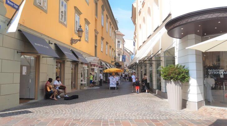 Klagenfurt hat für die ehemalige Grazerin ein besonders Flair.