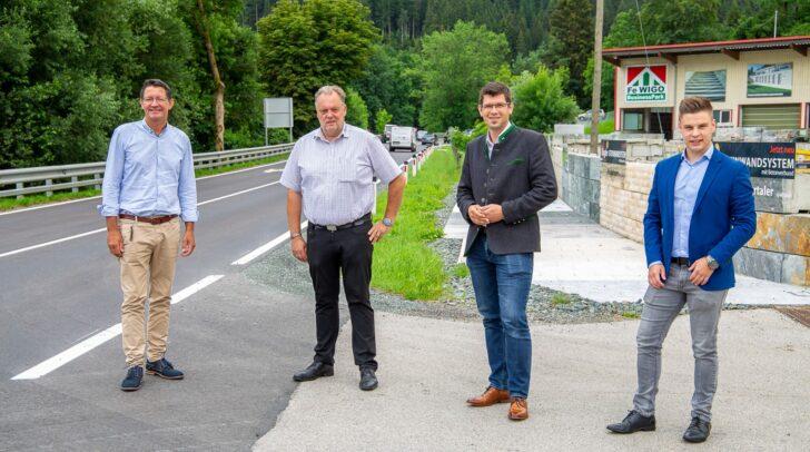 """Bürgermeister Martin Treffner: """"Die Sanierung der Straße ist absolut notwendig."""
