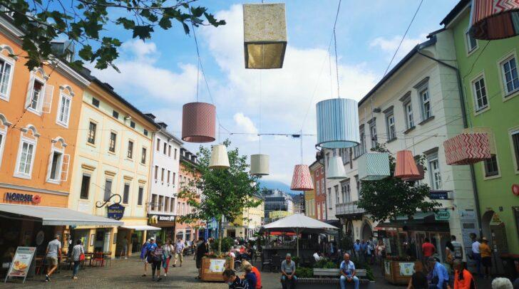 Nach wie vor ist der Villacher Hauptplatz eine beliebte Begenungszone (c)