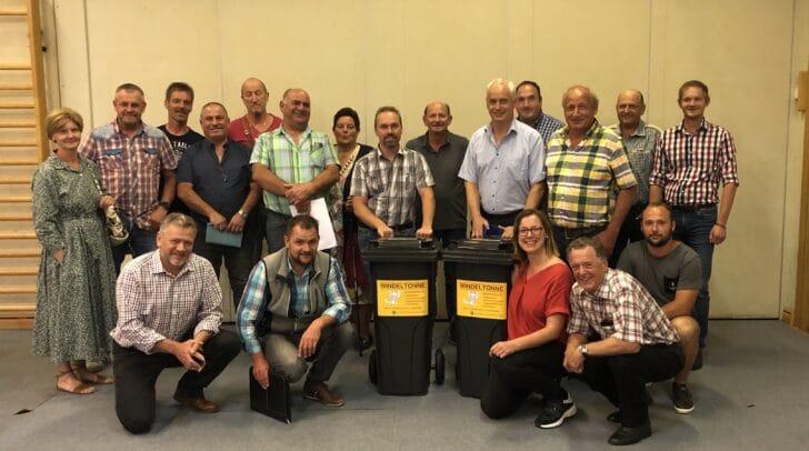 Der Gemeinderat der Marktgemeinde Kirchbach präsentiert die Gratis-Windeltonne