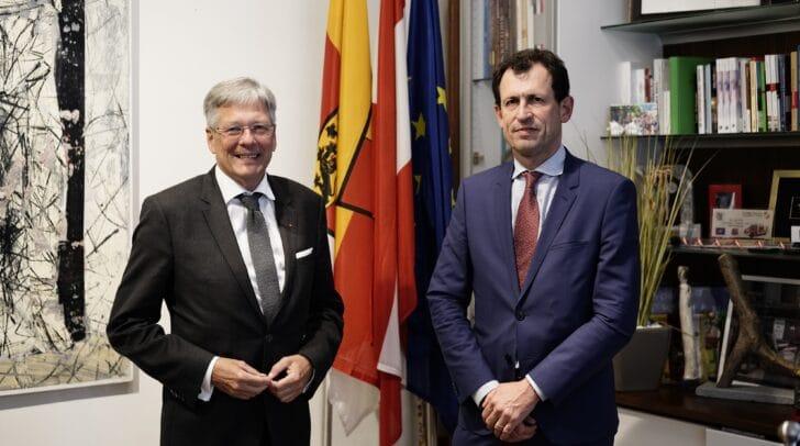 Erstmals besucht Präsident des Verfassungsgerichtshofes Kärnten.
