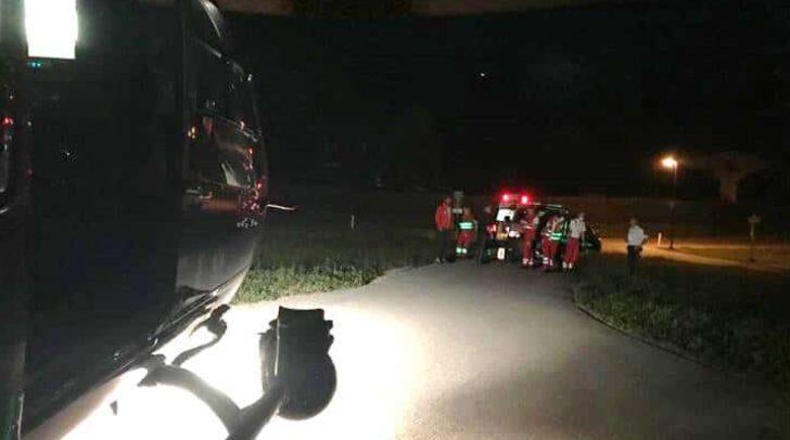 Mit Hilfe der Wärmebildkamera und der Taschenlampe des Hüttenwirts konnte der Pilot einen Landeplatz beim nächtlichen Rettungseinsatz finden.