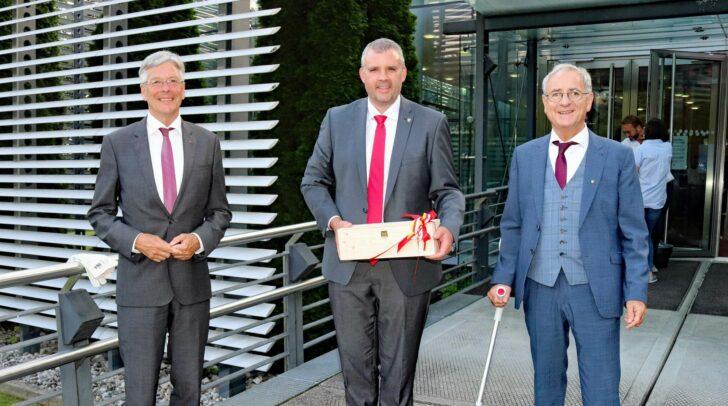 LH Peter Kaiser, Bgm. Hannes Primus und Hans-Peter Schlagholz bei der Bürgermeister-Angelobung.