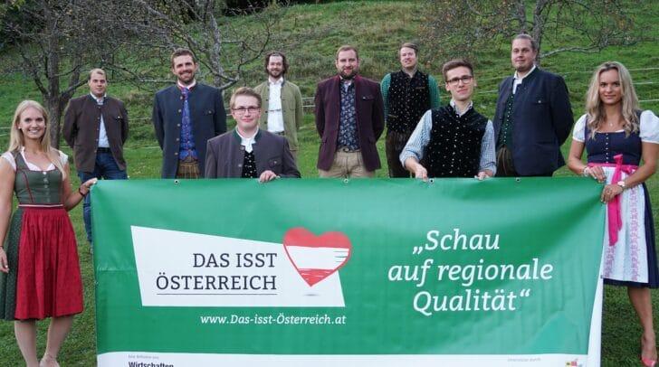 Am Bild von links: Sandra Uschnig, Daniel Glanzer, Martin Schnuppe, Clemens Wieltsch, Lukas Schabus, Herwig Drießler, Michael Köchl, Florian Stürzenbecher, Mathias Maritschnig und Theresa Leitgeb.
