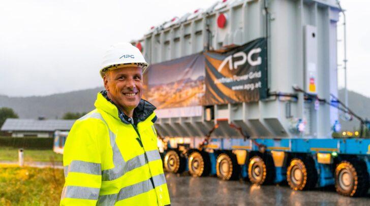Wolfgang Ranninger leitet und koordiniert die Bauarbeiten im Umspannwerk.