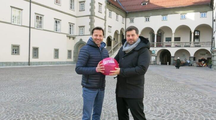 NEOS-Landessprecher Markus Unterdorfer-Morgenstern und NEOS-Umweltsprecher Michael Bernhard