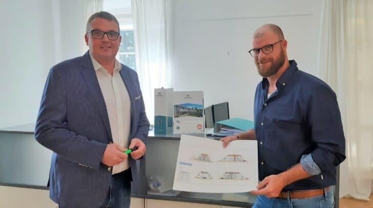 Gernot Schick hat Markus Schlacher bei seinem Vorhaben Immobilienmakler zu werden tatkräftig unterstützt.