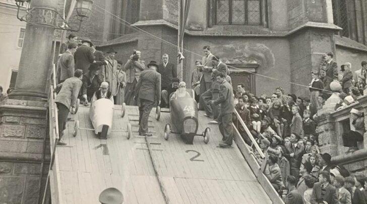 Ein Seifenkistenrennen in der Draustadt.