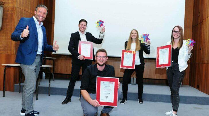 WK-Obmann Markus Ebner mit Erik Spitzer, Simon Waldhauser, Susanna Rathkohl und Stefanie Neumeister