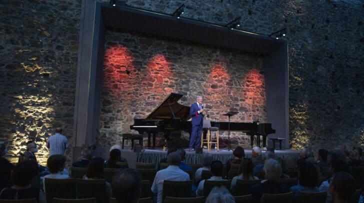 LH Peter Kaiser bei der Eröffnung der Festpiele Taggenbrunn.