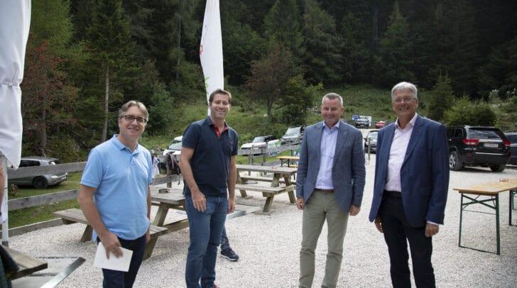 Andreas Grießer, Naturfreunde Landesvorsitzender Philipp Liesnig, LAbg. Günter Leikam und LH Peter Kaiser