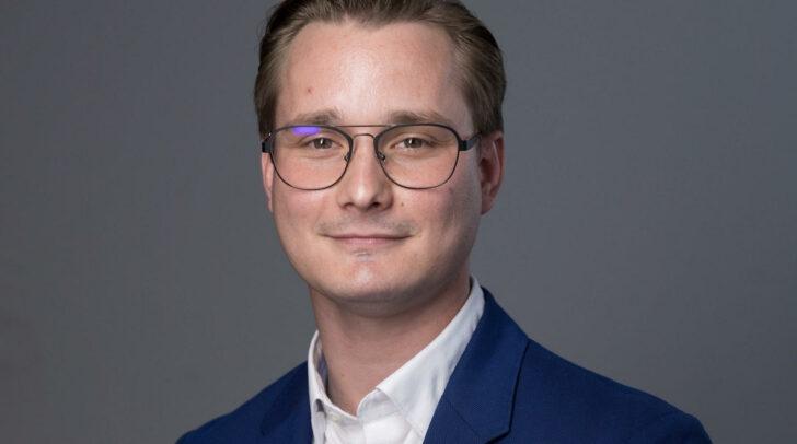 """""""Ein Projekt, das Milliardenkosten und jahrzehntelange Bauarbeiten verursacht, wird medial angekündigt, ohne dass die betroffenen Gemeinden zuvor eingebunden waren"""", kritisiert FPÖ-Gemeindevorstand Markus Di Bernardo (Wernberg)."""
