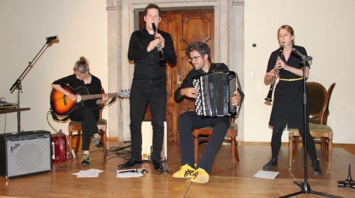 """Musik und Humor, Klassik und experimentelle Musik: """"klakradl"""" sorgte für einen vielseitigen Konzertabend."""