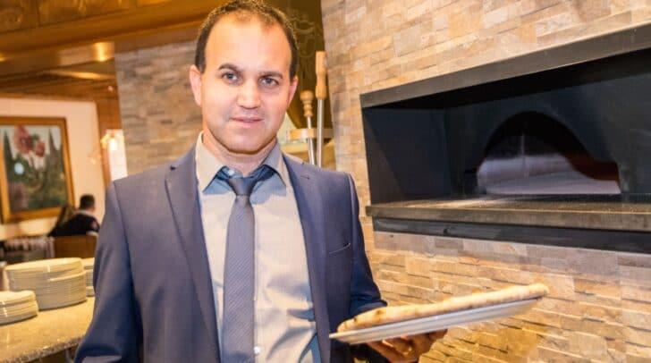 Marcel Schwarz von der Pizzeria Primavera lädt vier Personen zum Pizza-Essen inkl. einem Getränk ein - einzulösen nach dem Lockdown! Mach mit bei unserem Gewinnspiel!