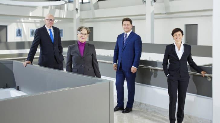 Das Rektorat der Universität Klagenfurt (von links): Reinhard Stauber (Personal), Martina Merz (Forschung), Oliver Vitouch (Rektor), Doris Hattenberger (Lehre).