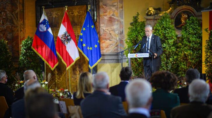 Bundespräsident Alexander Van der Bellen entschuldigte sich in seiner Rede für das