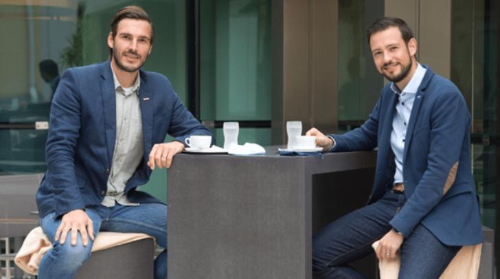 WK-Obmann Stefan Sternad und Landesrat Sebastian Schuschnig sehen in der Winter-Open-Air-Gastronomie Chancen für Unternehmen und Gemeinden