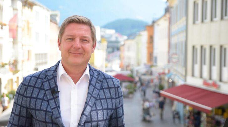 Bürgermeister Günther Albel freut sich über die geplanten Kinderbetreuungsplätze.