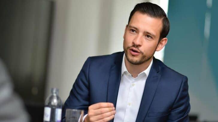 LR Sebastian Schuschnig