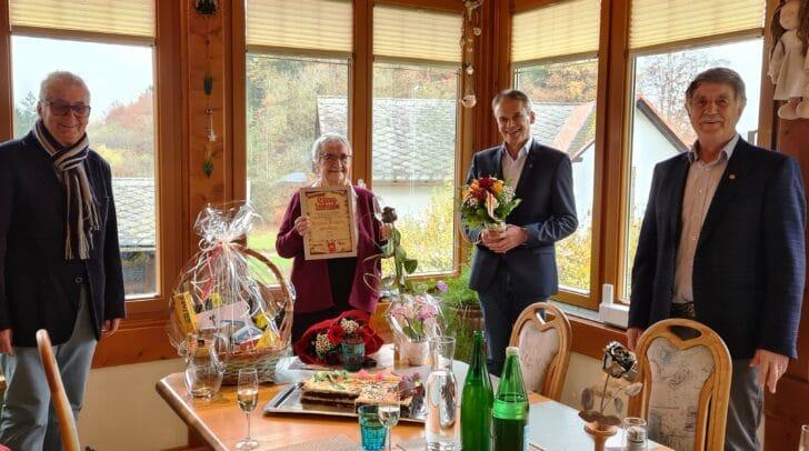 Annemarie Freithofnig, ist seit 35 Jahren Mitglied des Pensionistenverband Österreich.