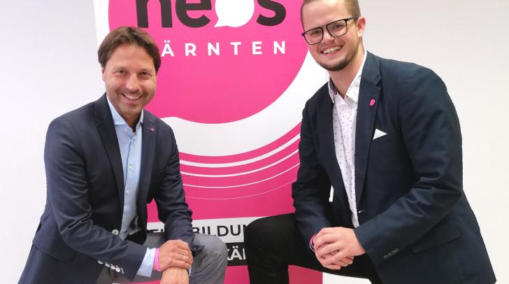 NEOS-Landessprecher Markus Unterdorfer-Morgenstern und der neue JUNOS-Landesvorsitzende sowie Gemeinderatswahlkandidat Sebastian Werkl.