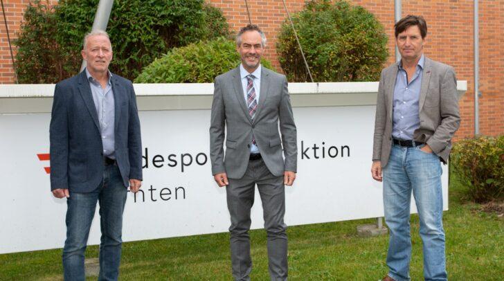 Oberst Gottlieb Türk, BA freute sich mit Chefinspektor Siegfried Katholnig und Chefinspektor Wolfgang Patscheider stellvertretend für alle beteiligten Kolleginnen und Kollegen über die Auszeichnung.