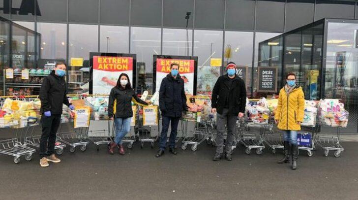 Auf dem Foto zu sehen sind Fabian Hauf, Bezirksobmann der JVP Villach Stadt, und die Andrea Klemenz, Koordinatorin des Kärntner Hilfswerk in Villach.
