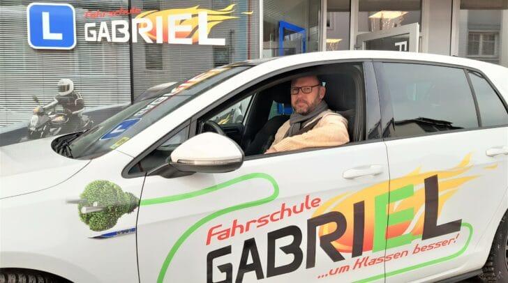 Endlich mobil! Mach auch du deinen Führerschein bei der Fahrschule Gabriel.