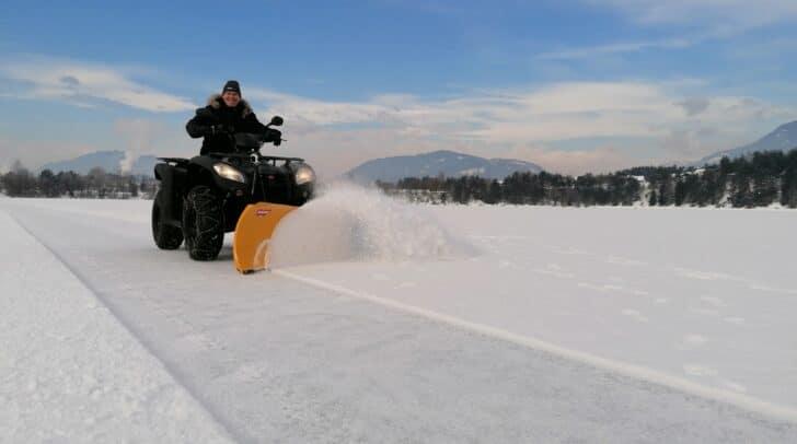 Ab morgen, Dienstag, steht nach entsprechender Eispflege ein Teil des Silbersees zum Eislaufen bereit.
