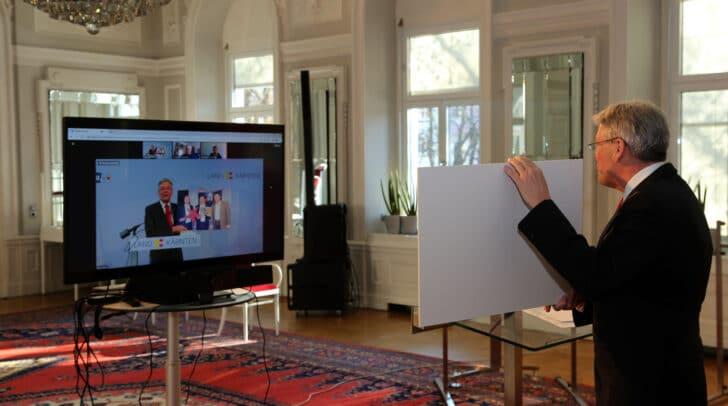 Bei der Präsentation des Filmprojekts waren LH Peter Kaiser und Tourismusreferent LR Sebastian Schuschnig  mit dabei.