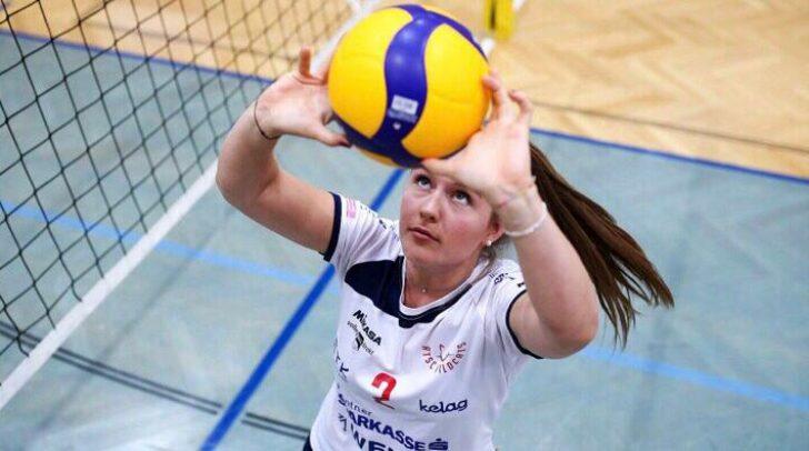 Lena Stockhammer spielt seit sie etwa 10-Jahre alt ist Volleyball. Nun stellt sie ihr Können in den Vereinigten Staaten unter Beweis.