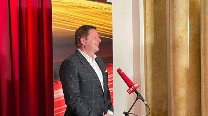 Bürgermeister Günther Albel erhielt bei der gestrigen Wahl 15.390 und damit 60,25 % der Stimmen.