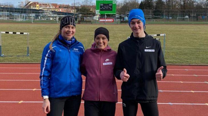 Am Foto zu sehen sind die negativ auf Corona getesteten Athleten Dorina Trabesinger, Stefanie Kurath und Sebastian Ambrosch.