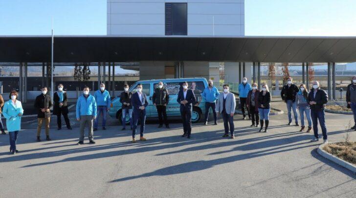 VP-Bürgermeisterkandidaten aus 13 Gemeinden am Bahnhof Kühnsdorf.