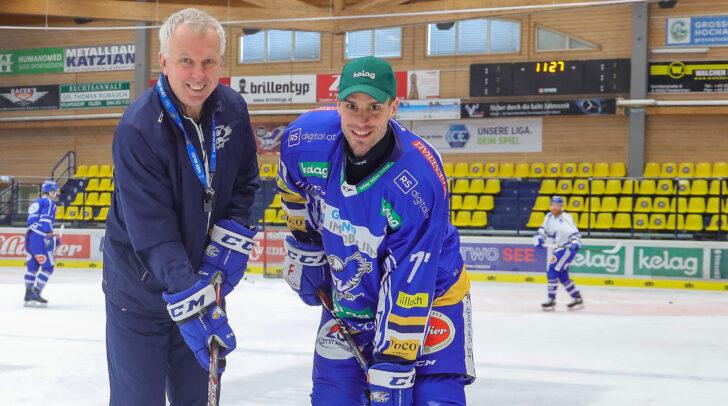 VSV-Coach Rob Daum mit Neuzugang Josef Hrabal