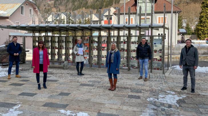 v.l.n.r.: LR Schuschnig, Melanie Golob (TVB) Anja Schmied (Obfrau), Sabine Zechner (StvObfrau), Bgm. Michael Maier, Armin Egger