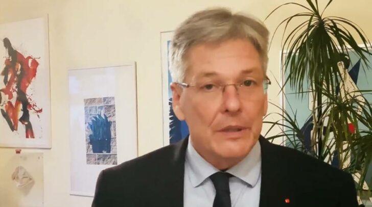 In einem Facebook-Video meldet sich heute Landeshauptmann Peter Kaiser zur Kritik an den