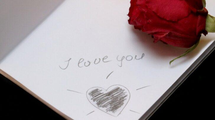 Der Valentinstag steht vor der Tür. In Zeiten von COVID-19 hat der Tag jedoch für viele eine geringere Bedeutung als sonst.
