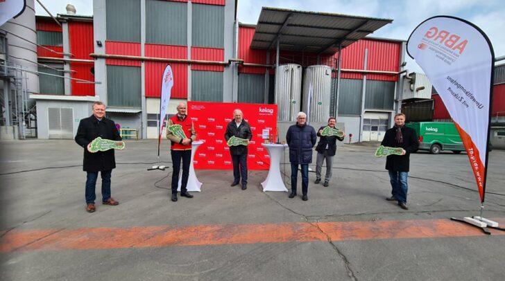 Am heutigen Montag wurde die Kooperation von den Unternehmens-Geschäftsführern und politischen Vertretern bekannt gegeben.
