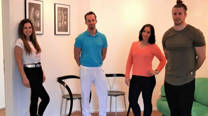 Ernährungstrainerin Bettina Weniger-Assinger, Dr. Georg Willenig, Frequenz-Energetikerin Lissy Stefaner und Physiotherapeut Kevin Maier (v.l.) heißen dich bei VitaSana willkommen.