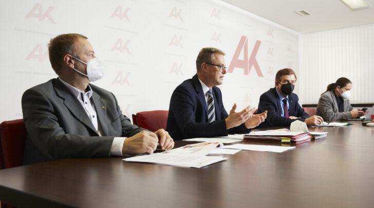 Bei der Pressekonferenz zur Konsumentenschutz Bilanz 2020. v.l.: Michael Tschamer, Stephan Achernig, Günther Goach und Ferdinand Hafner.