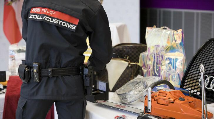 56.979 gefälschte Produkte im Gesamtwert von nahezu 24 Millionen Euro wurden im Jahr 2020 vom österreichischen Zoll beschlagnahmt.