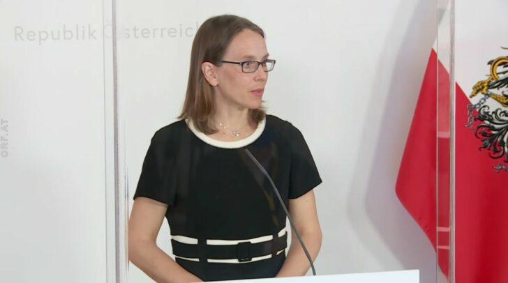 Dr. Maria Paulke-Korinek