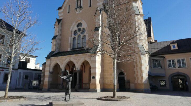 Von 30. April bis 16. Mai macht der Foodtruck Halt am Nikolaiplatz.