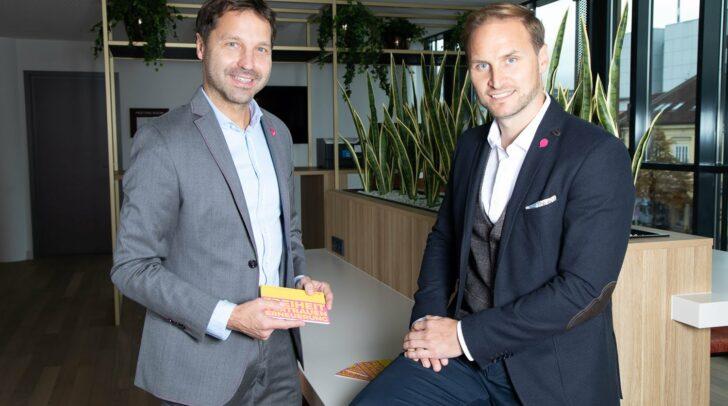 Landessprecher Markus Unterdorfer-Morgenstern und NEOS-Spitzenkandidat Janos Juvan